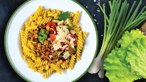 Daržovių ir mėsos troškinys