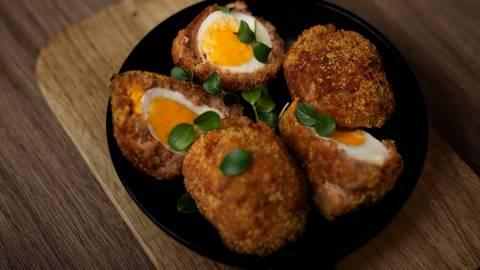 ▶▶  Škotiški kiaušiniai