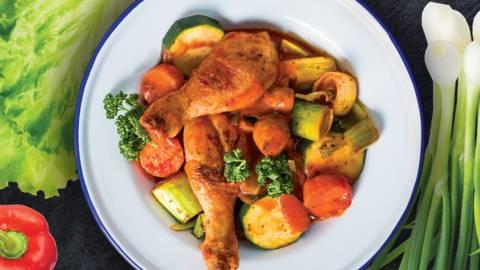 Viščiukų blauzdelės su daržovėmis