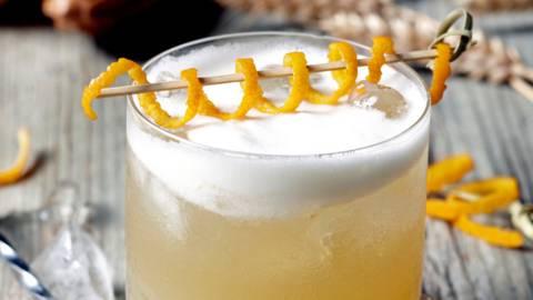 """Tradicinis """"Whiskey Sour"""" kokteilis"""