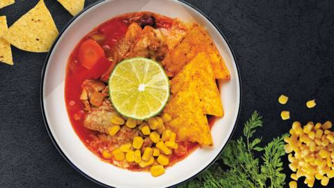 Meksikietiška sriuba su pupelėmis ir kukurūzais