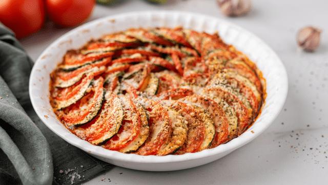 Cukinijų ir pomidorų apkepas