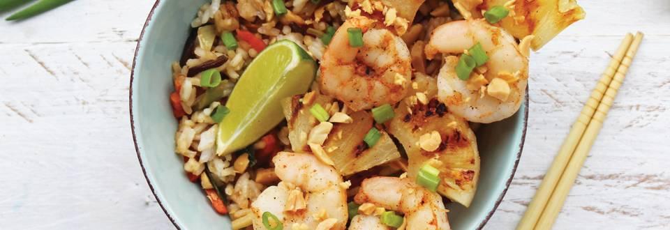 Česnakinių krevečių iešmeliai su ryžiais ir daržovėmis