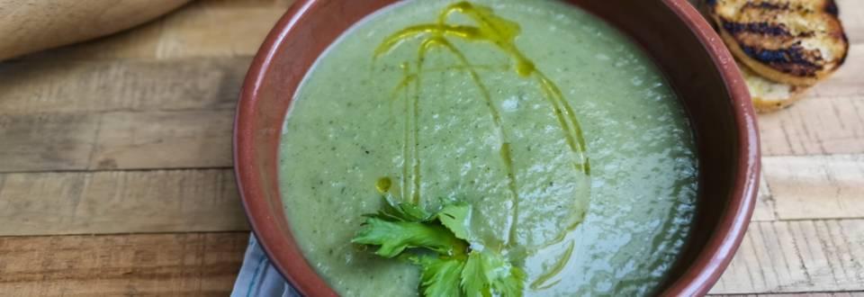 Trinta salierų stiebų sriuba