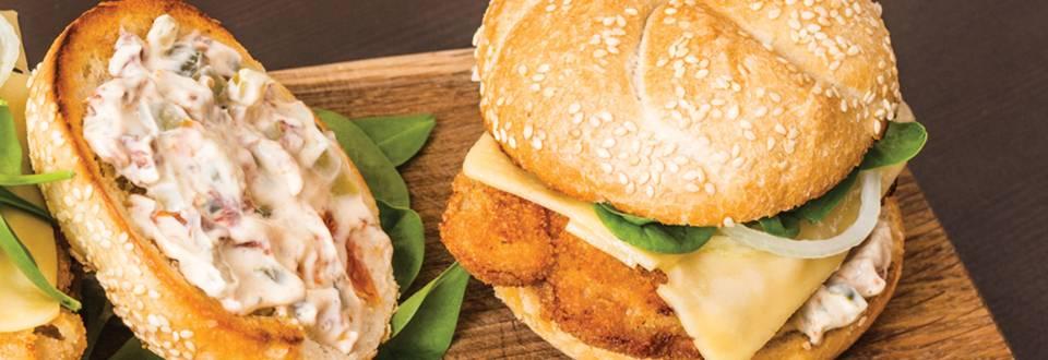 Amerikietiško stiliaus sumuštinis su traškia kiauliena